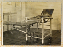 Treatment bed on hospital ship